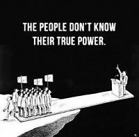 Curieusement, en anglais, people signifie gens, personnes, citoyens mais aussi nation(s) et peuple(s)…